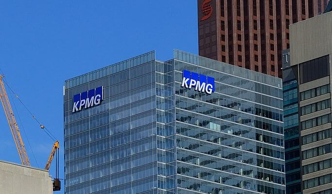kpmg auditors pcaob partners conspiracy